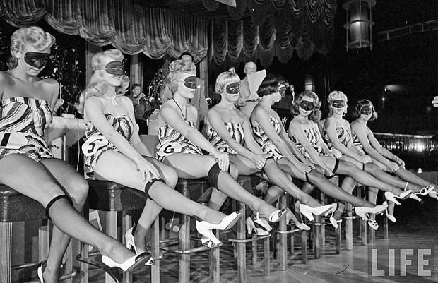Nữ hoàng xúc xích, hoa hậu ma cà rồng và 14 cuộc thi sắc đẹp kì lạ thời ông bà ta khiến bạn phải trầm trồ không tin là có thật - Ảnh 6.