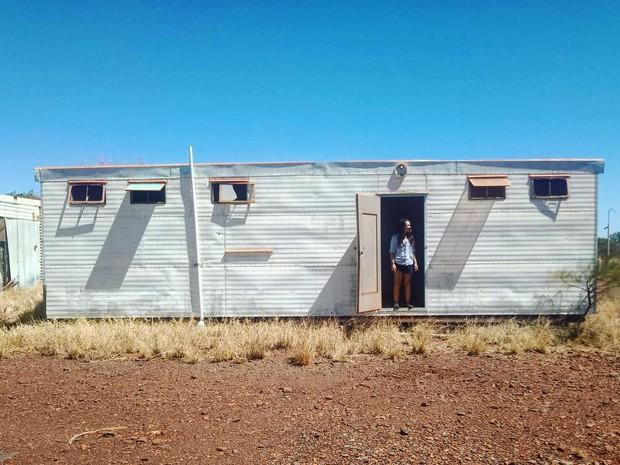Góc ngược đời: Bị cảnh báo nhiều lần vì nguy hiểm chết người nhưng du khách vẫn kéo đến thị trấn ma ở Úc để... check-in - Ảnh 4.