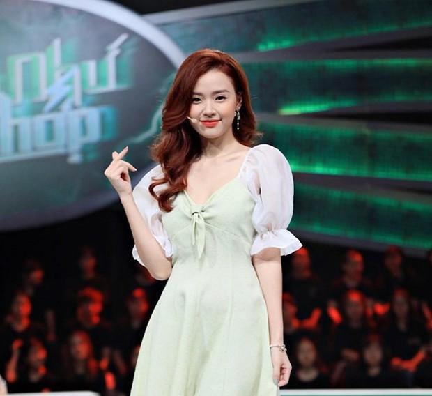 Midu lại gây thương nhớ với nhan sắc được ví như Tiểu Long Nữ trong 2 show cuối tuần - Ảnh 3.