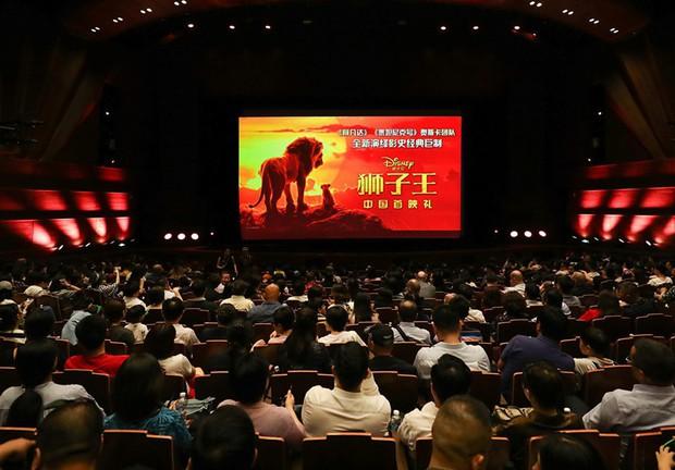 Càng chê nhiều - tiền thu về càng khủng: Lion King mở màn hốt bạc nghìn tỉ tại xứ Trung - Ảnh 2.