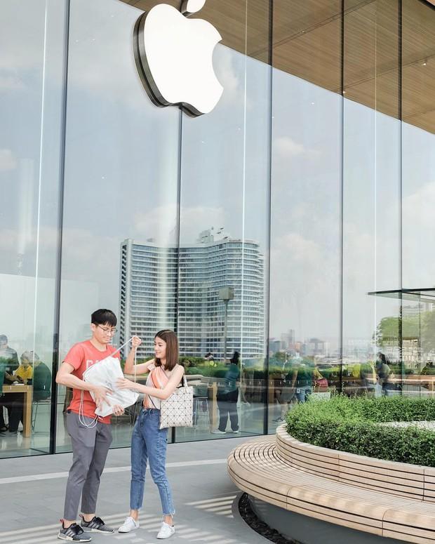 """Đến Thái Lan mà chưa có ảnh check-in ở background """"trái táo khuyết"""" huyền thoại như BB Trần thì uổng lắm à nghen! - Ảnh 18."""