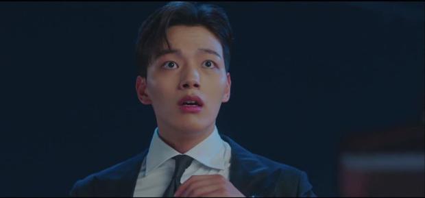 Hậu vượt mặt Song Joong Ki, Hotel del Luna tiếp tục gây sốt với màn diệt quỷ ác cực ngầu của IU trong tập mới nhất - Ảnh 9.
