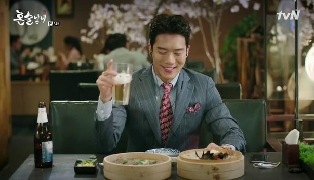 8 phim Hàn cấm xem lúc đói: Số 7 toàn mì gói mà vẫn rớt nước miếng - Ảnh 3.