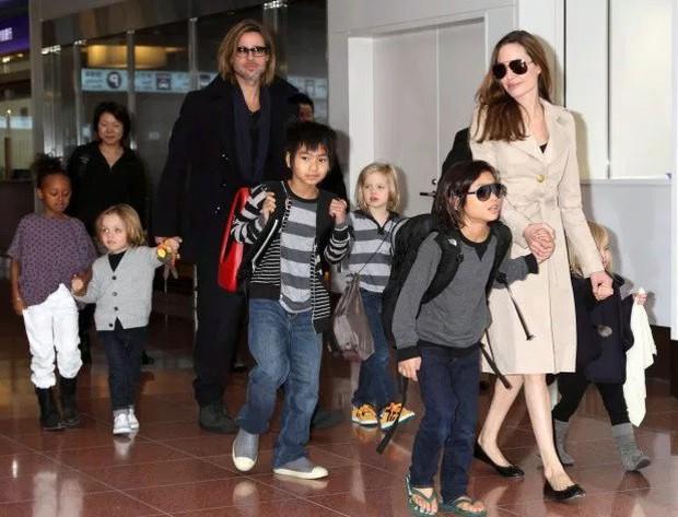 Sau nhiều năm hục hặc chuyện ly hôn, cuối cùng Angelina Jolie đã có dấu hiệu nhượng bộ Brad Pitt - Ảnh 2.