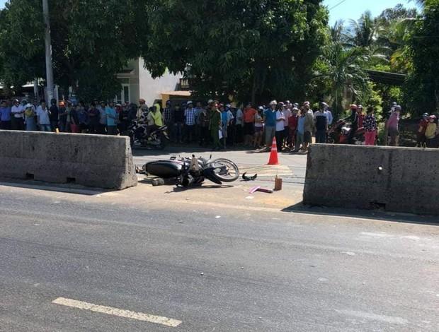 Truy tìm xe ô tô bỏ trốn sau khi gây tai nạn khiến người phụ nữ chết thảm - Ảnh 1.