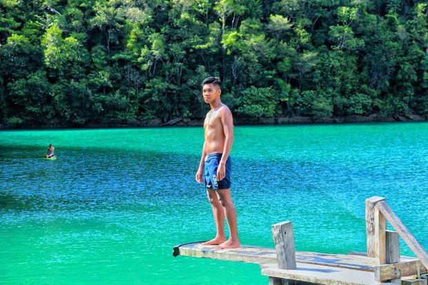 Vượt qua cả Bali và Hawaii, ốc đảo hình giọt nước kỳ lạ ở Philippines được tạp chí Mỹ bình chọn đẹp nhất thế giới - Ảnh 3.