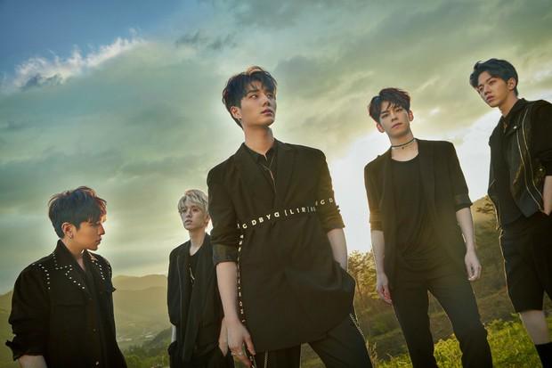 MONSTA X và boygroup nhà JYP đột ngột hoãn comeback: người chấn thương nặng, người tạm dừng hoạt động vô thời hạn vì sức khỏe tâm lý - Ảnh 1.