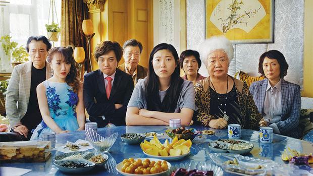 Phim mới của sao Crazy Rich Asians vừa ra mắt tuần đầu đã vượt mặt ENDGAME, lại còn được chấm hẳn 100 điểm - Ảnh 2.