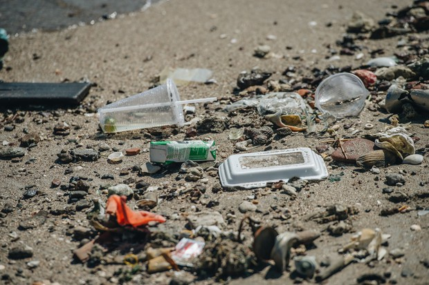 Cùng chung tay cứu lấy môi trường: Hành tinh này, cần nhiều lắm những bạn trẻ sẵn sàng làm người hùng dọn rác - Ảnh 2.