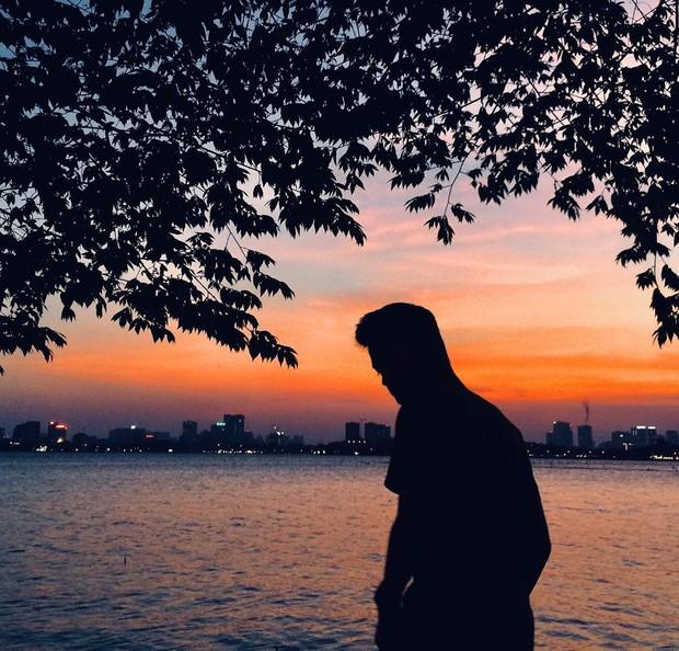 Hẻm hồ Tây ở Hà Nội sau vài ngày gây sốt: Khi ai cũng muốn chill cùng một chỗ, thì đây là kết quả! - Ảnh 2.