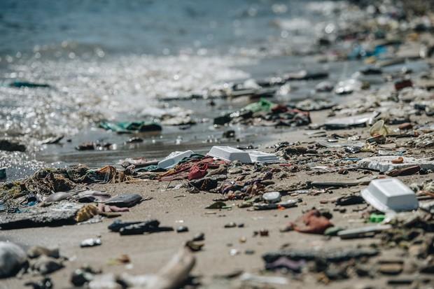 Cùng chung tay cứu lấy môi trường: Hành tinh này, cần nhiều lắm những bạn trẻ sẵn sàng làm người hùng dọn rác - Ảnh 1.