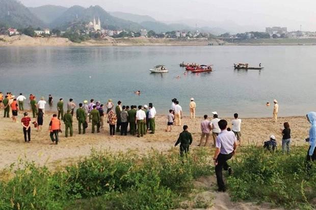 Phú Thọ: Xót xa 4 thanh niên tử vong khi tắm trên sông Đà - Ảnh 1.