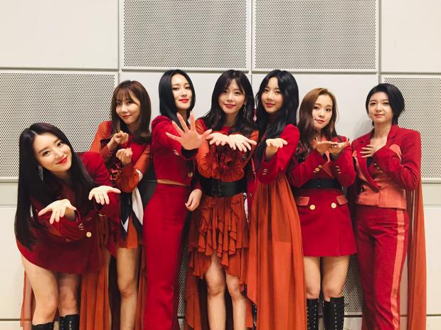 3 nhóm nữ nhảy vào trận chiến album Nhật cùng Red Velvet, BLACKPINK: Người giọng khủng, kẻ nổi nhờ 1 hit - Ảnh 5.
