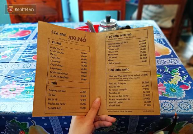 Tìm lại tuổi thơ trong quán cà phê chứa cả bầu trời thanh xuân ở Sài Gòn - Ảnh 4.