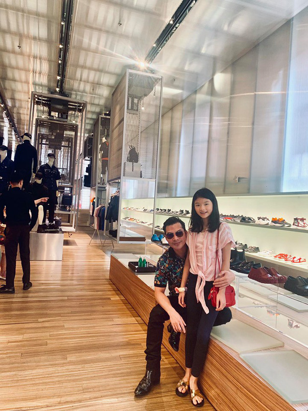"""Kỳ nghỉ hè xa hoa của các nhóc tỳ nhà sao Việt: Du lịch nước ngoài sang chảnh, khám phá đủ mọi trò chơi đúng chuẩn """"rich kid"""" - Ảnh 8."""
