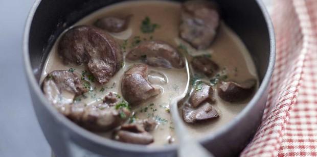 Cứ tưởng người phương Tây không ăn mấy món nhũ bò, gan, thận, lá sách, não... nhưng người Pháp lại có các đặc sản này - Ảnh 9.
