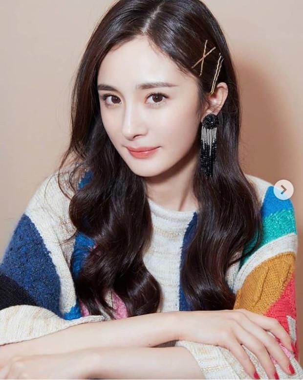 Top nghệ sĩ nữ Cbiz quyền lực nhất MXH: Phạm Băng Băng, Angela Baby đều ngả mũ chịu thua Nữ hoàng Weibo - Ảnh 8.