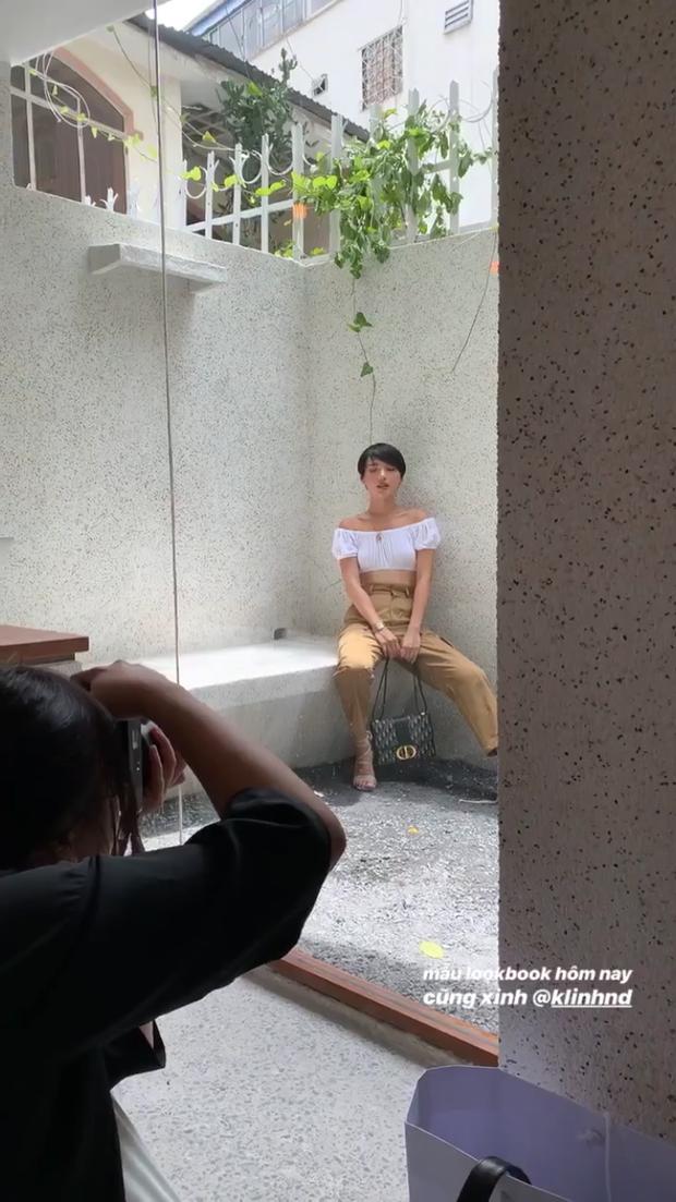 Chụp con ảnh sống ảo đăng Instagram khi đi cafe, Khánh Linh bất ngờ bị đổ oan thay 8 bộ đồ như chụp lookbook, chủ quán đi phàn nàn sau lưng - Ảnh 3.