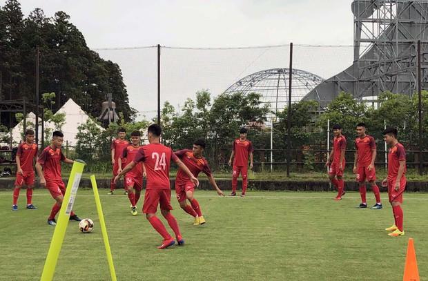 ĐT U18 Việt Nam tập trung cao độ ngay buổi đầu tập luyện tại Gotemba (Nhật Bản) - Ảnh 10.