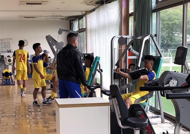 ĐT U18 Việt Nam tập trung cao độ ngay buổi đầu tập luyện tại Gotemba (Nhật Bản) - Ảnh 7.