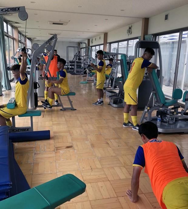 ĐT U18 Việt Nam tập trung cao độ ngay buổi đầu tập luyện tại Gotemba (Nhật Bản) - Ảnh 9.