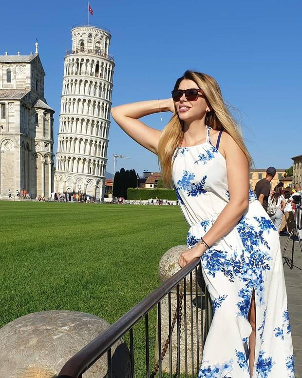 """""""Ngả nghiêng cùng năm tháng"""" siêu nổi tiếng ở nước Ý, hóa ra vào mùa hè trông tháp Pisa lại """"thẳng thớm"""" hơn? - Ảnh 12."""