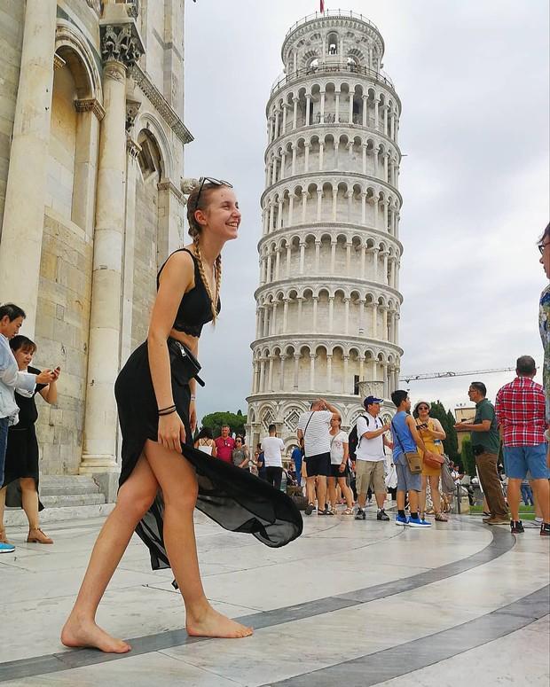 """""""Ngả nghiêng cùng năm tháng"""" siêu nổi tiếng ở nước Ý, hóa ra vào mùa hè trông tháp Pisa lại """"thẳng thớm"""" hơn? - Ảnh 16."""