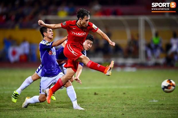 Đội hình cầu thủ Việt tuổi Tý: Chuột gắt gọi tên Duy Mạnh, bất ngờ với chuột già 36 tuổi vẫn đẳng cấp - Ảnh 9.