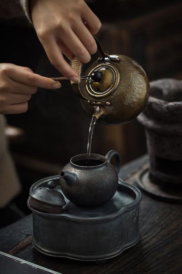 Dương (Về nhà đi con) phán lại chuẩn quá: Uống một chén trà hết cả thanh xuân là có thật - Ảnh 2.