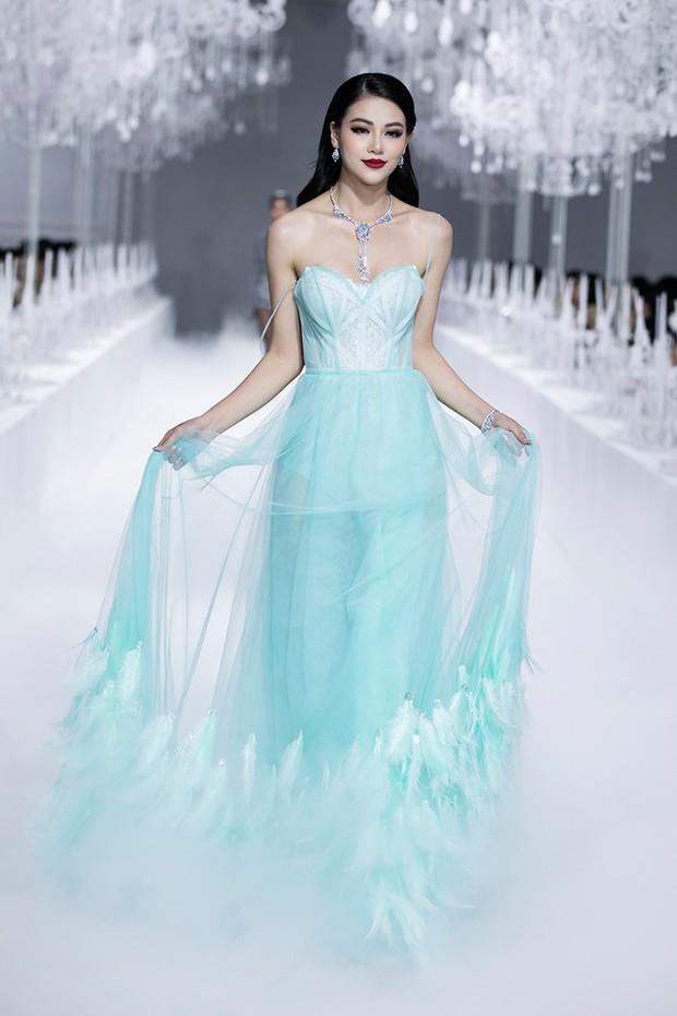 Hành trình nhan sắc và khối tài sản không phải dạng vừa của dàn Hoa hậu đình đám - Ảnh 28.