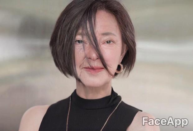 Xuyên không đến tương lai gặp Châu Bùi mặt lộ đầy nếp nhăn, Quỳnh Anh Shyn trở thành bà lão - Ảnh 1.