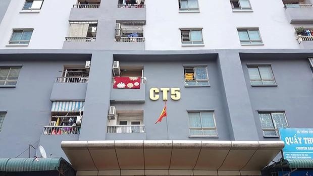 Luật sư lên tiếng vụ hàng trăm cư dân ở chung cư ông Thản bị thu hồi sổ hồng - Ảnh 2.