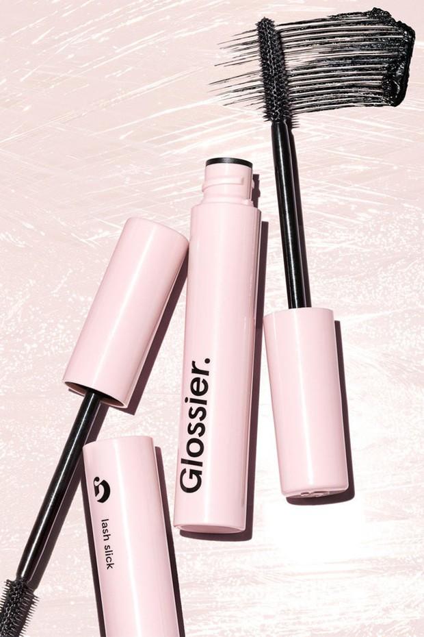 Hội thích makeup lừa tình nên lưu lại ngay: 9 món mỹ phẩm các cô nàng sành làm đẹp luôn diện khi đi hẹn hò - Ảnh 4.