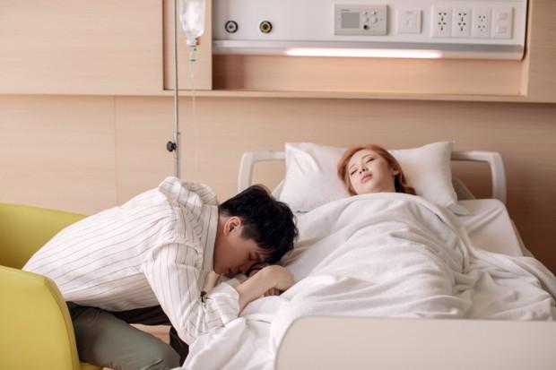 Yêu thầm nhưng không dám thổ lộ, Trịnh Thăng Bình xót xa nhìn Liz Kim Cương chịu thiệt thòi trong MV song ca - Ảnh 4.