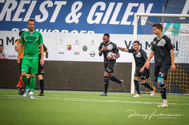 Công Phượng lần đầu được đá chính ở Bỉ, Sint-Truidense V.V để thua sát nút trước đội hạng dưới - Ảnh 9.