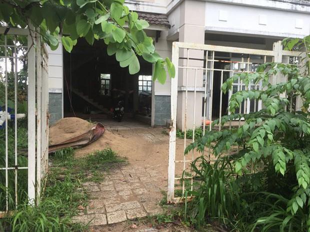 Chuyện tình ri đô trong biệt thự đang xây ở Sài Gòn - Ảnh 2.
