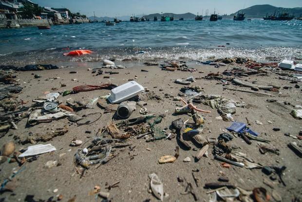 """Hành trình ý nghĩa của nhóm """"siêu anh hùng"""" dọn sạch rác nhựa trên bờ biển - Ảnh 9."""