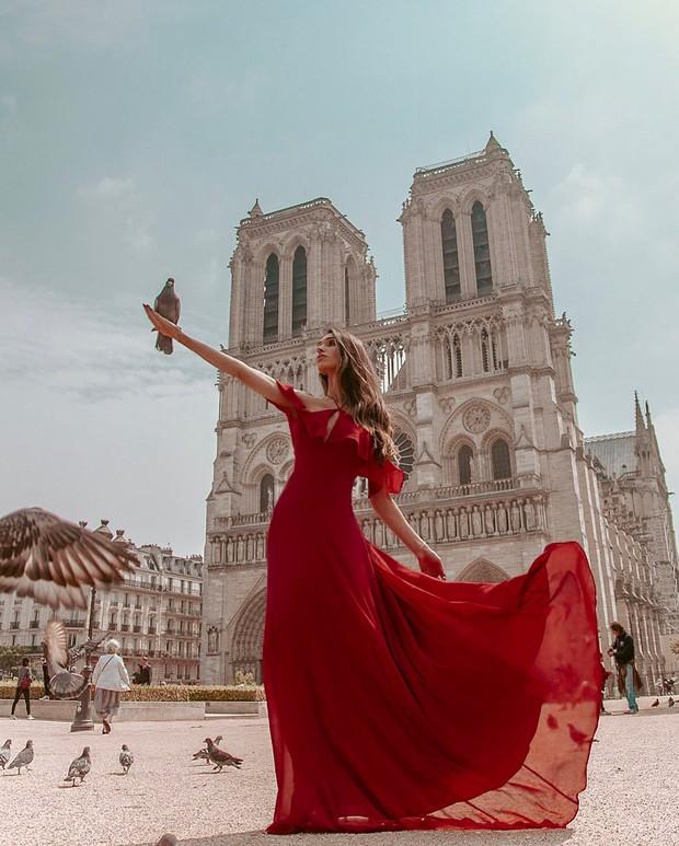 Nhà thờ Đức Bà Paris sau 3 tháng bị ngọn lửa nhấn chìm: Khung cảnh ảm đạm đến lạ, quá trình tu sửa vẫn diễn ra - Ảnh 2.