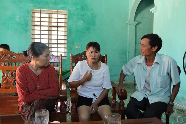 Mẹ già mừng rơi nước mắt đón con gái trở về sau 24 năm lưu lạc xứ người: Tôi không ngờ còn sống để gặp con gái - Ảnh 3.