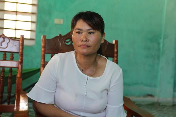 Mẹ già mừng rơi nước mắt đón con gái trở về sau 24 năm lưu lạc xứ người: Tôi không ngờ còn sống để gặp con gái - Ảnh 4.