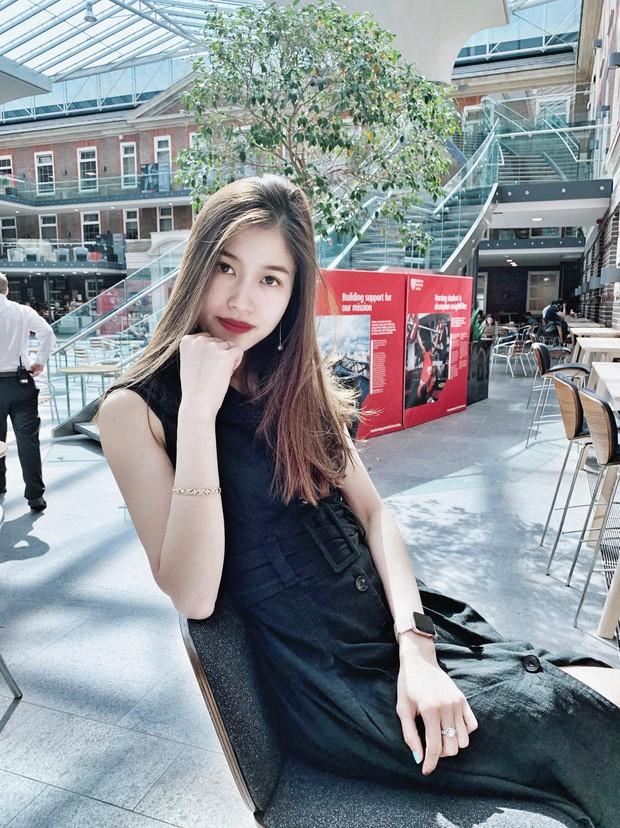 Vóc Đỗ - bạn gái hậu vệ CLB Hà Nội gây chiến với Văn Thanh: Nhận mình thuộc hàng top khi du học thạc sĩ ở Anh, sang chảnh như rich kid - Ảnh 3.