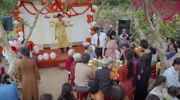 Cười mệt xem chú rể miền Tây hát bolero tưởng nhớ người yêu cũ ở teaser Bán Chồng - Ảnh 7.