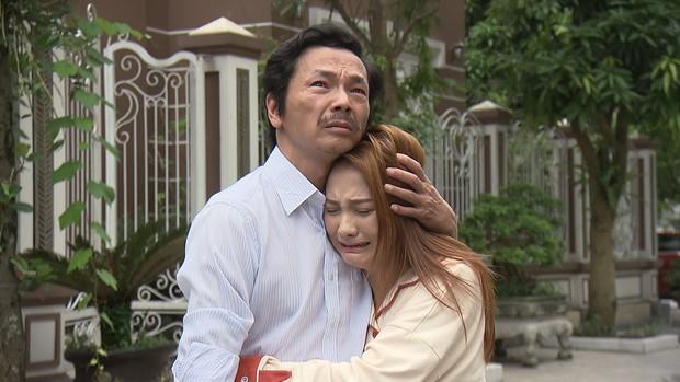 Muốn khóc lả đi ngay cảnh bố Sơn đi đón Thư trong preview tập 70: Bố có tình yêu và mái nhà mà các con có thể trở về - Ảnh 3.