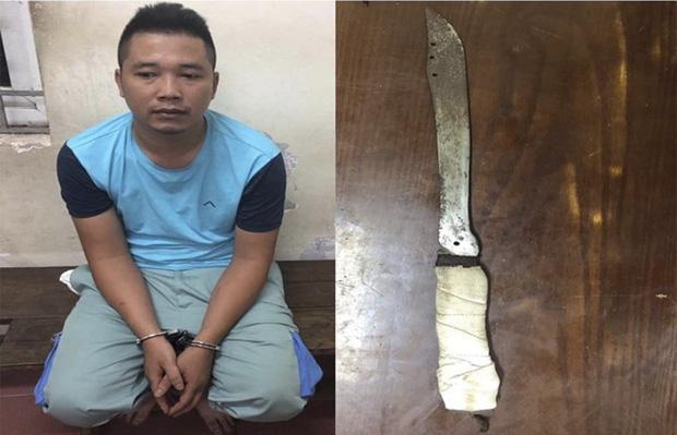 Hà Nội: Bảo vệ kể lại giây phút kinh hoàng khi nhân viên cửa hàng Viettel giành giật dao từ tay kẻ cướp - Ảnh 2.