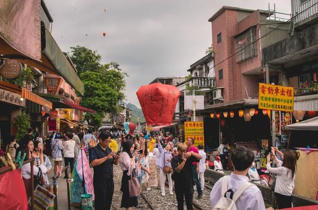 Nóng: Đài Loan chính thức siết chặt điều kiện miễn visa cho du khách Việt, đã khó nay càng khó hơn! - Ảnh 3.