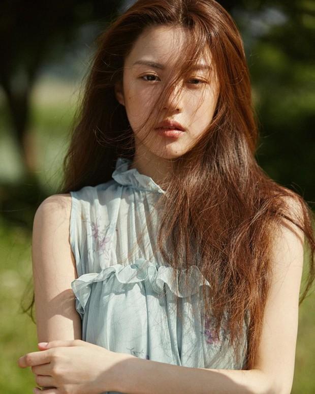 Chỉ một khoảnh khắc tỏ thái độ lồi lõm, gái xinh được so sánh với mợ chảnh Jeon Ji Hyun - Ảnh 7.