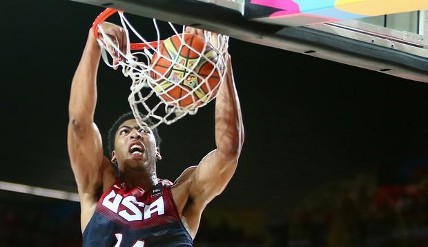 Ôm mộng vô địch NBA, bạn thân LeBron James rút lui khỏi FIBA World Cup - Ảnh 1.