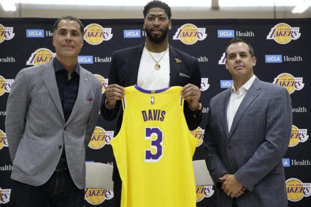 Ôm mộng vô địch NBA, bạn thân LeBron James rút lui khỏi FIBA World Cup - Ảnh 2.