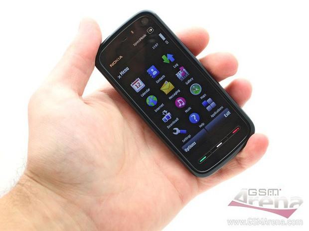 Nokia 5800 XpressMusic: Đòn phản công muộn màng của Nokia sau khi hứng chịu cú đấm iPhone từ Apple - Ảnh 1.