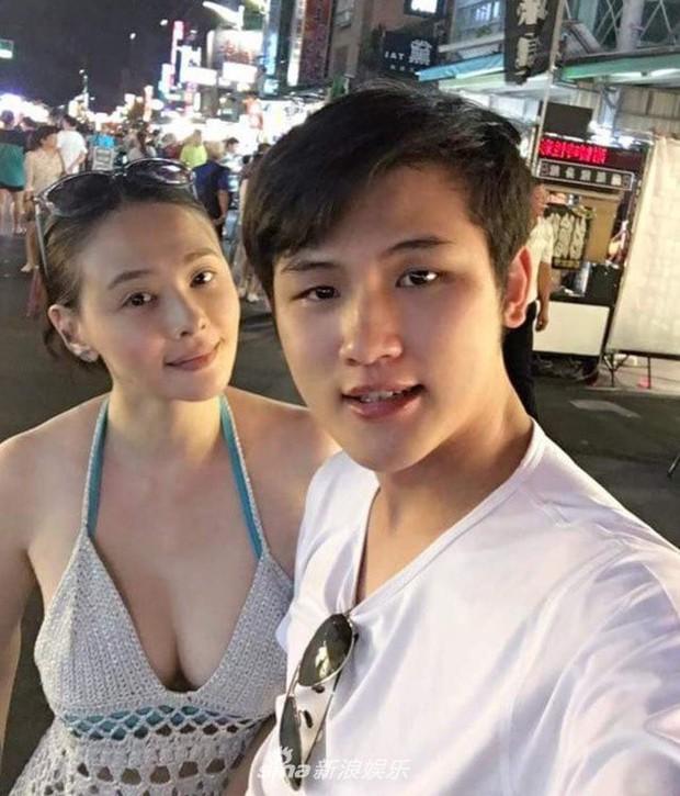 Nhan sắc của các người đẹp châu Á lấy chồng đáng tuổi cháu - Ảnh 15.